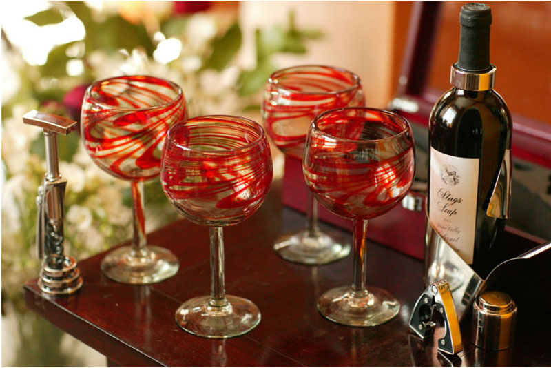 Hostess gift ideas for the 2013 holiday season for Good hostess gifts for a christmas party