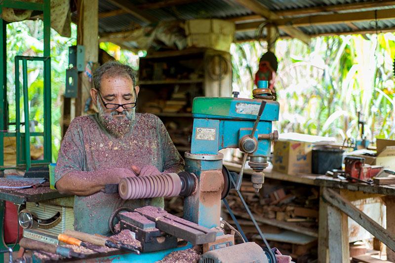 Rolando Soto's workshop in Guatemala