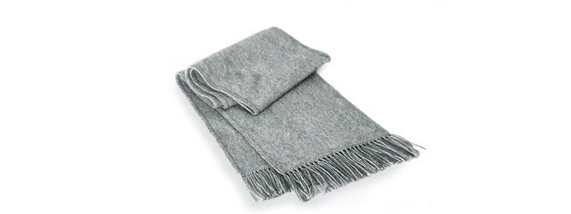 Christmas Gifts for Dad: Sweaters and Scarves