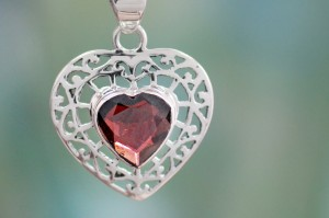 Valentine's Day Gifts for Her: 6 Ideas for the Woman in