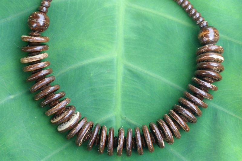 Coconut shell necklace, 'Natural Coco,' by Thailand's Sasithon Saisuk