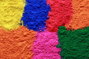 Celebrate Holi – Decorate Your Devices With FREE Digital Wallpaper