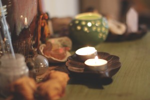 Candle Holders: Creating An Intimate Space with Candlelight