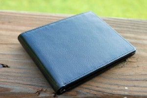 Simple Style for the Gents: Handmade Leather Wallets