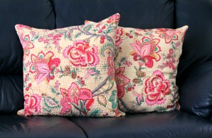 MORNING DAHLIAS – A FLORAL BLANKET & CUSHION COVERS