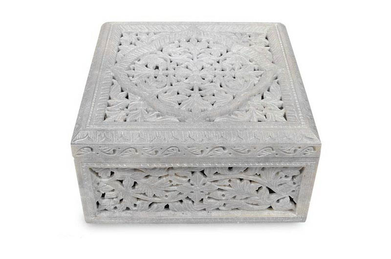 Best Mothers Day Gifts - 'Floral Medallions' jewelry box