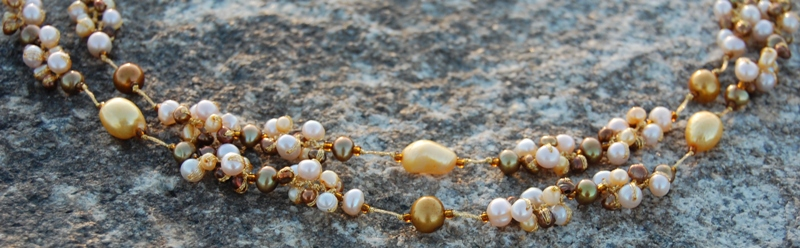 The details of the pearls.