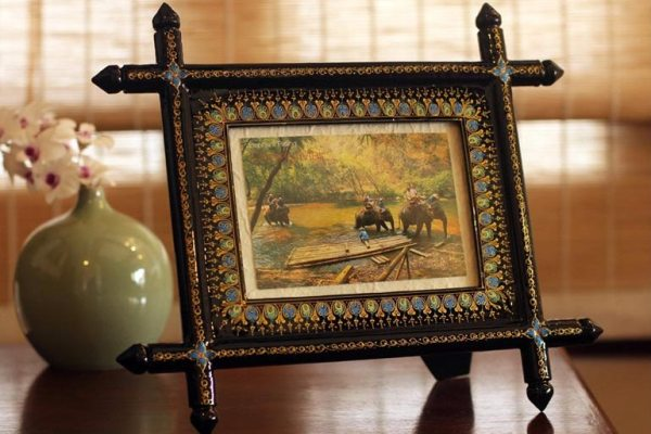 Perfect Present For Mom Family Photo In A Novica Frame