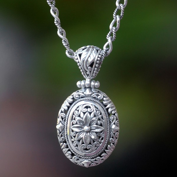 Handmade Floral Sterling Silver Pendant Necklace