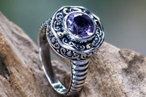 What Style of Ring to Wear on Each Finger