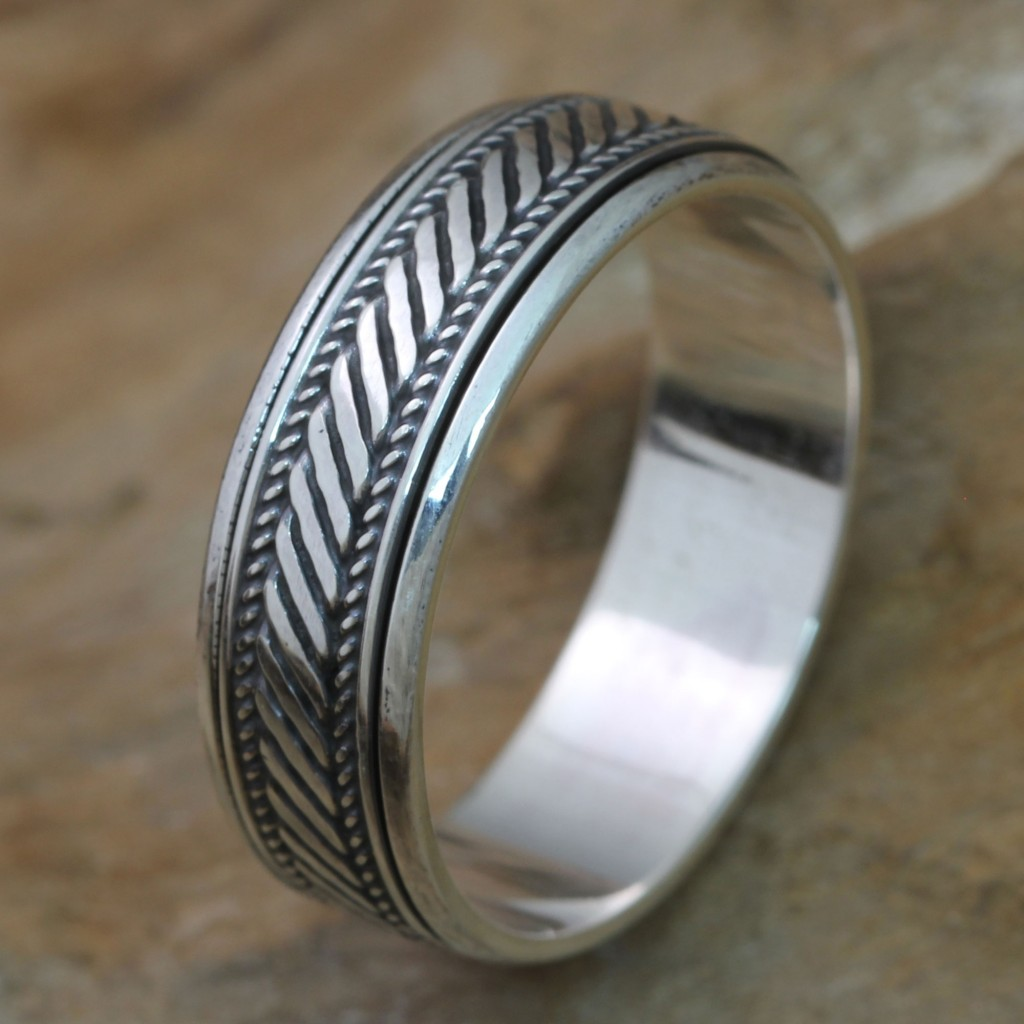 Handcrafted Sterling Silver Men's Spinner Band Ring, 'Speed' jewelry