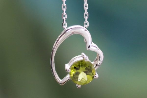 Handmade Peridot and Silver Heart Necklace, 'Promise of Love'