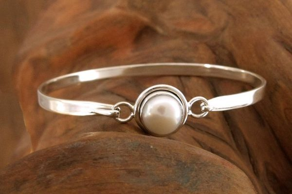 Handcrafted Indian Sterling Silver Bangle Pearl Bracelet, 'Aesthetic Moon'