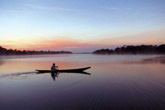'Tapirapé Canoe'
