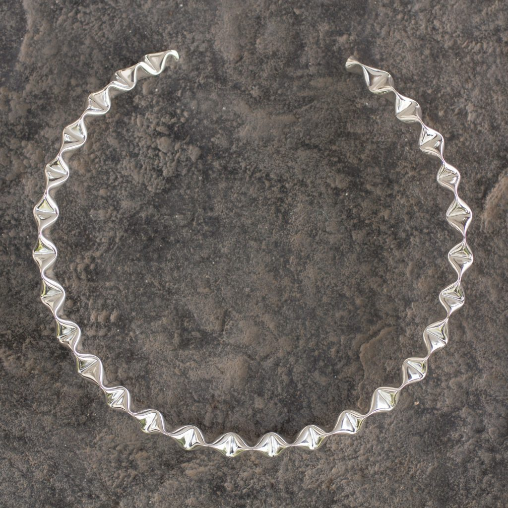 Ruffled Handcrafted Taxco Sterling Silver Rigid Choker Necklace, 'Ruffles'