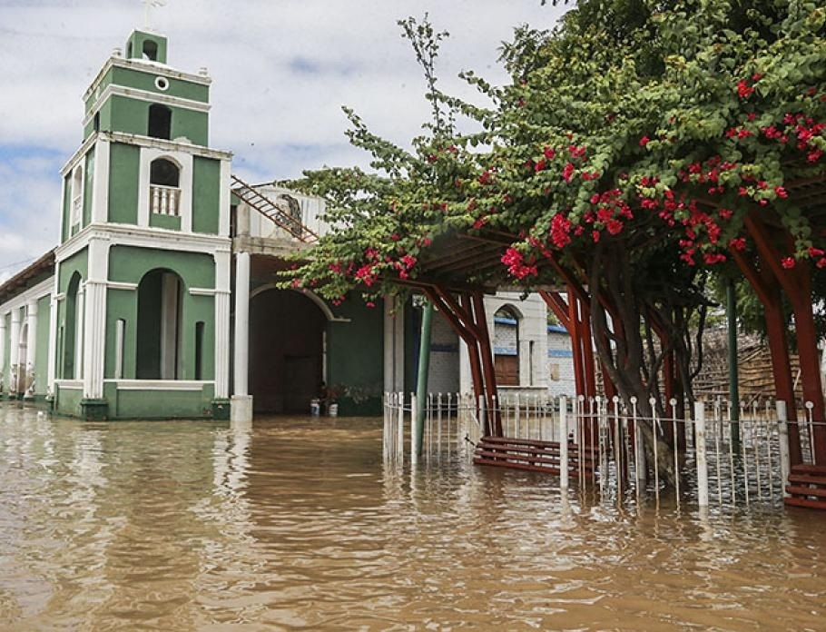 Horrendous flooding in Peru Alfredo Inga and Peru's Flood Victims