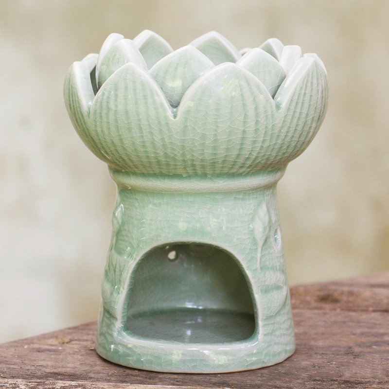 Handcrafted Thai Ceramic Oil Warmer Green Floral Tealight