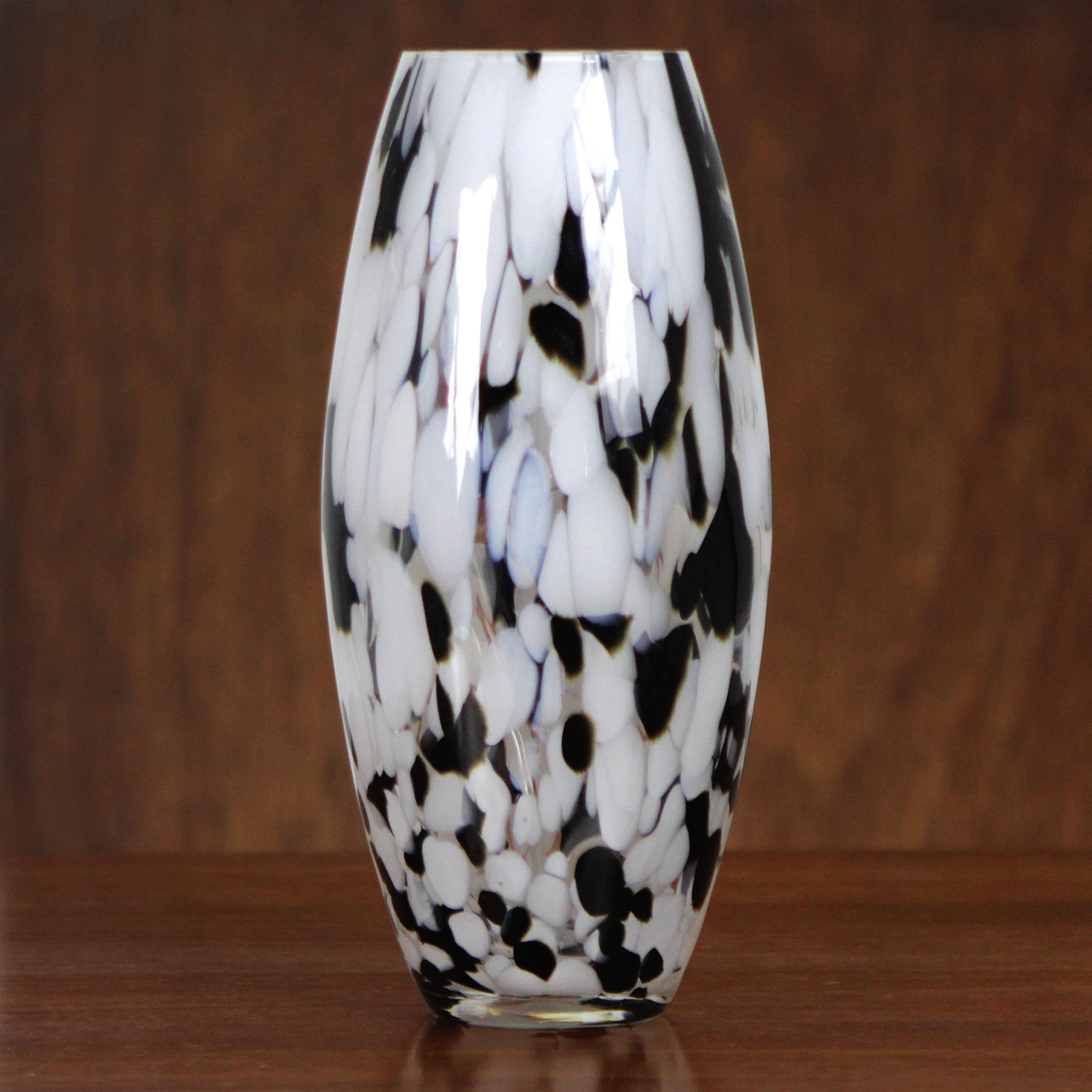 Elegant Drip Hand Blown Murano-Style Art Glass Vase in Black and White memorable gifts