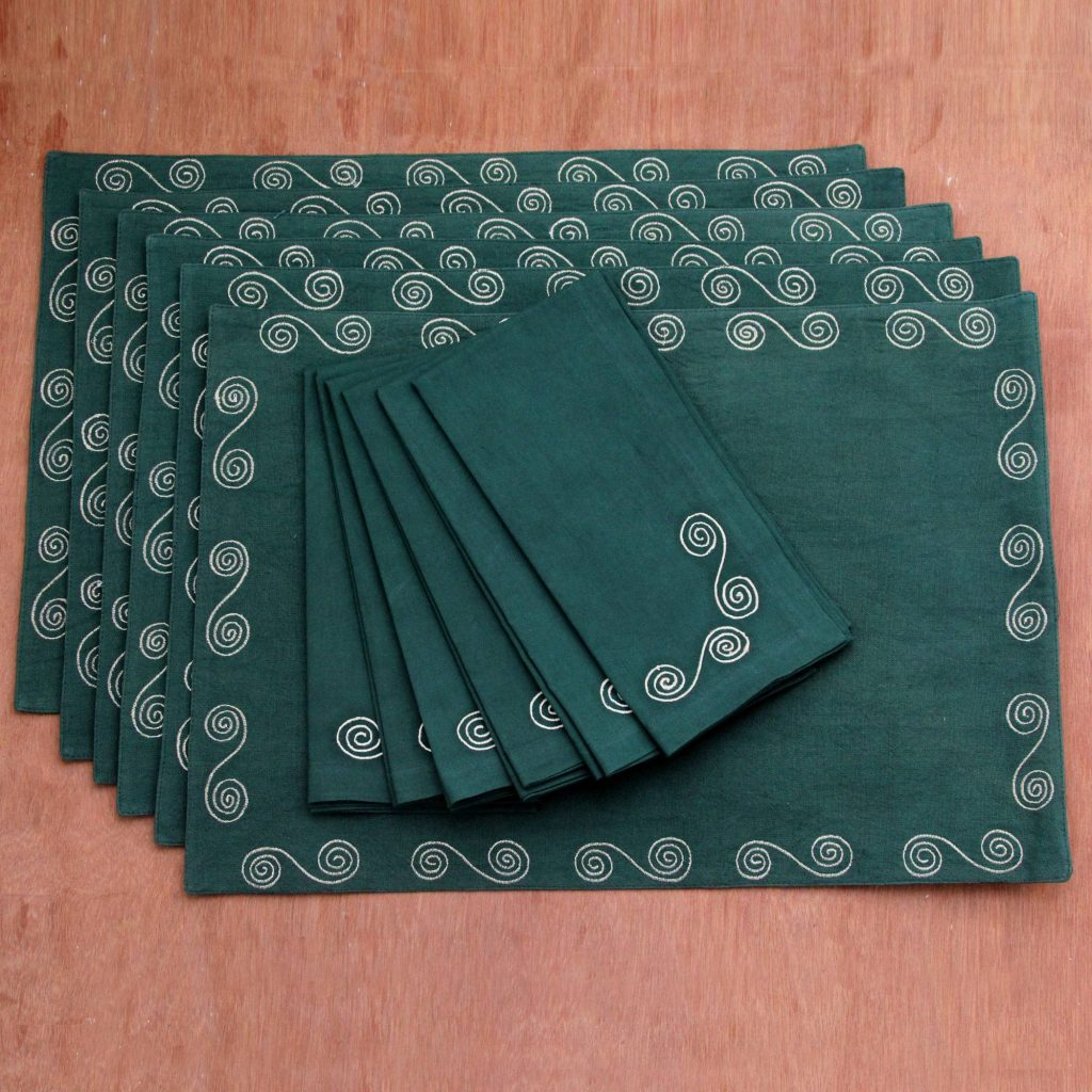 Majestic Green Artisan Made Green Cotton Placemats and Napkins (Set of 6) Saint Patrick's Day