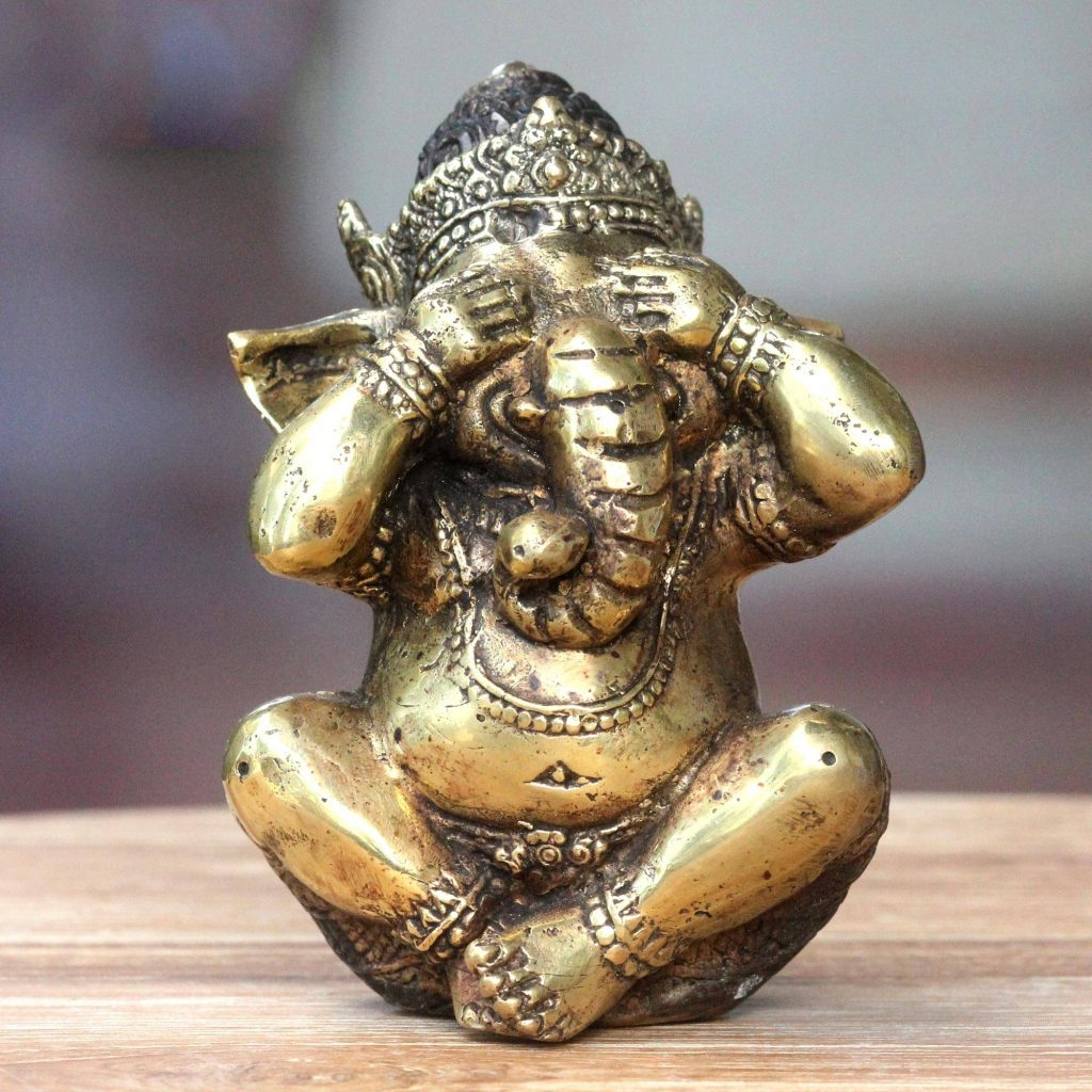 Antiqued Bronze Statuette of Hinduism Lord Ganesha Sculpture Decor Collectible Sculpture