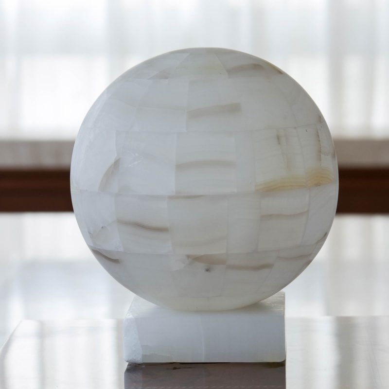 table lamp, lamps, home decor Puebla Moon' White Onyx Globe-Shaped Table Lamp wedding gifts to impress