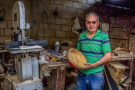 Víctor Hugo López, siempre listo para superar la adversidad en su trabajo
