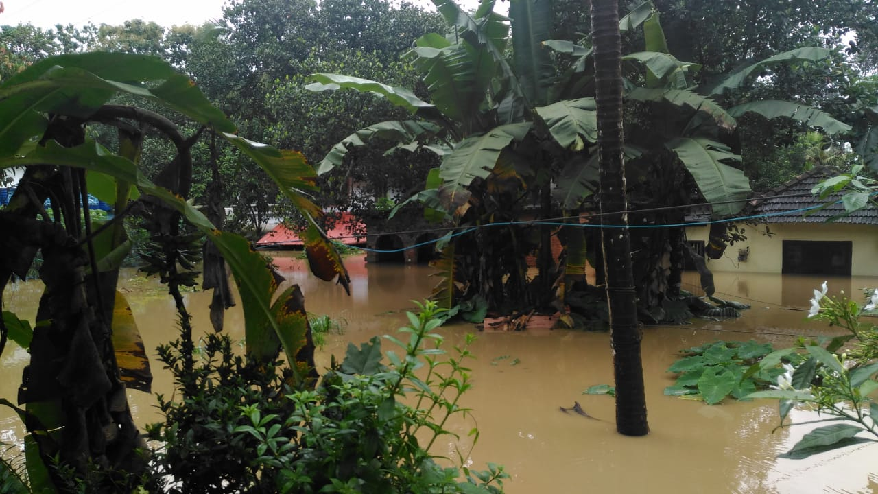 Monsoon: The Kerala Floods — 6 feet Under