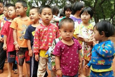 Novica Thailand's 'Happiness Project' a Hit with KaeNoi Orphans!