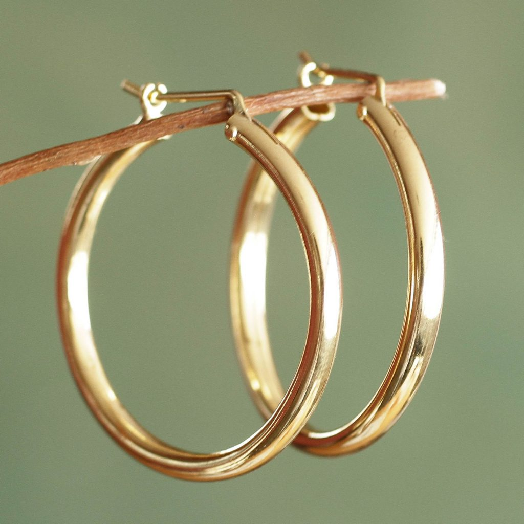 Minimalist Magic Classic Gold Vermeil Hoop Earrings