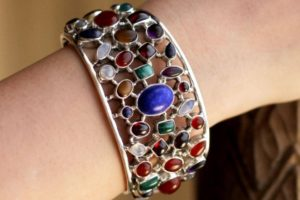 Go bright! Bold Jewelry with Dazzling Gemstones