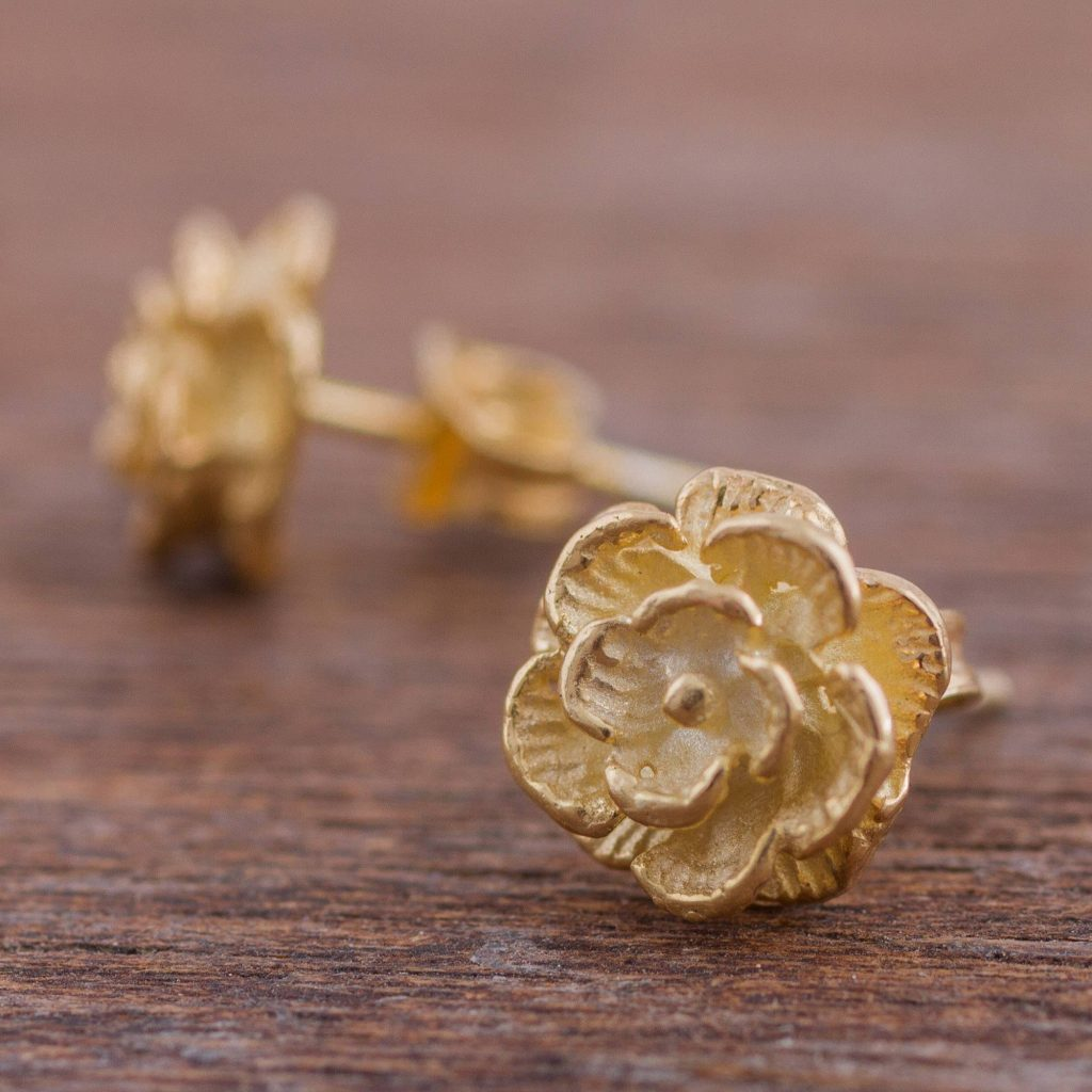 Precious Gardenia Gold Plated Silver Stud Earrings Floral Shapes from Peru Practical and Versatile