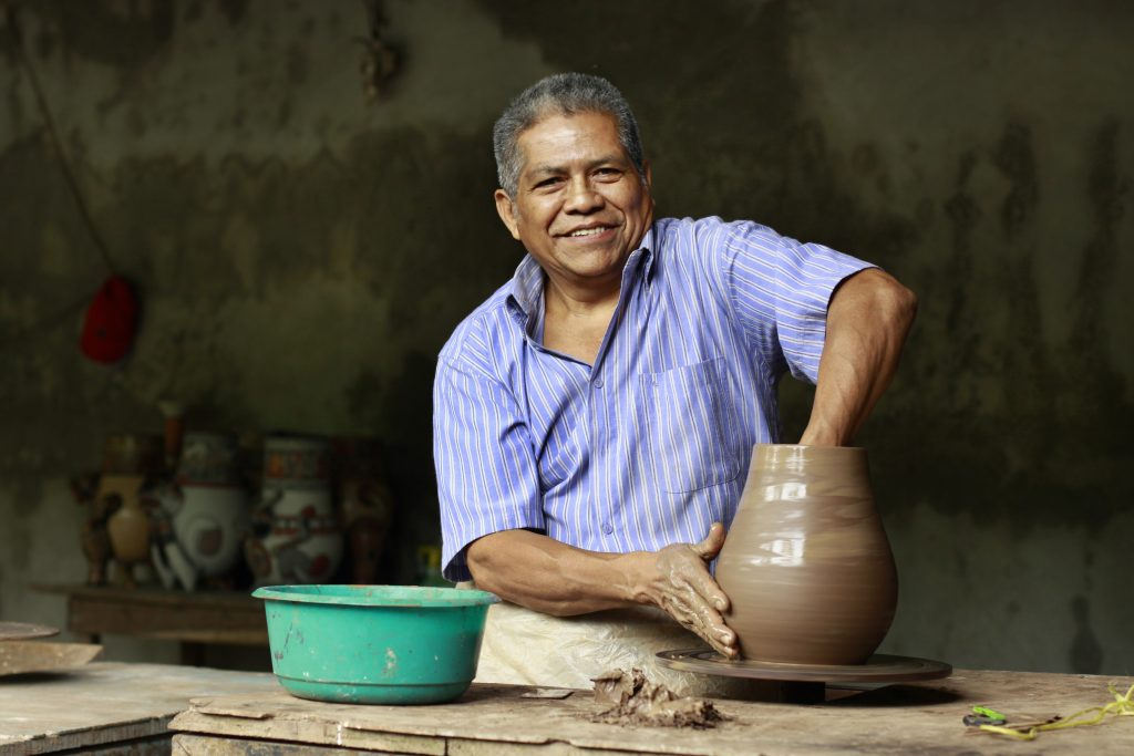 Nicaraguan Artisan, Gregorio Bracamonte