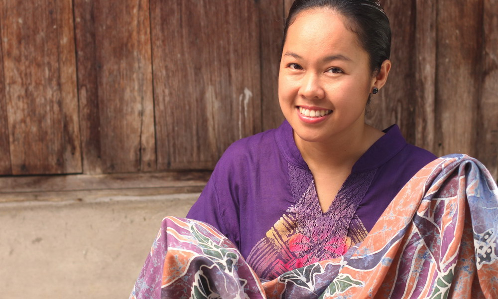 Chomsuda Samana - Batik apparel and accessories - Thailand