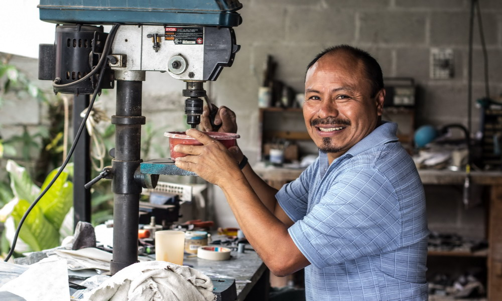 Pablo Roquel - Handcrafted jade jewelry - Central America