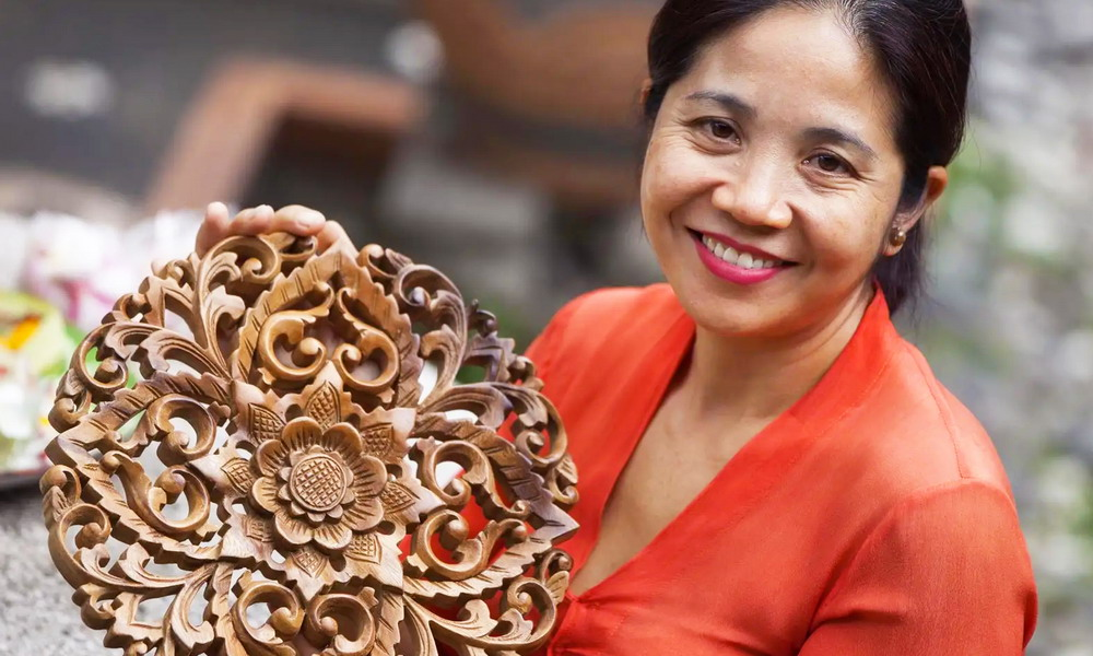 Made Mulyani - Hand-carved wood masks and panels - Bali and Java