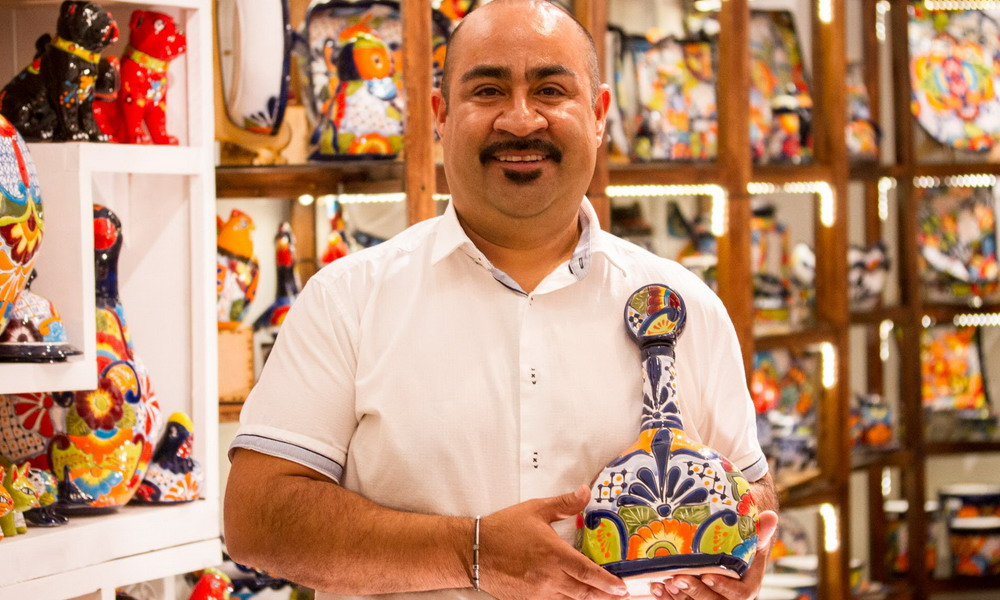 Sergio Ponce - Handcrafted ceramic decor accents - Mexico